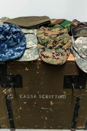 Lote gorras militares