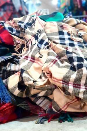 Lote bufandas estilo Burberry